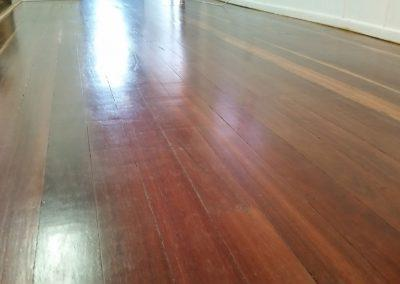 HARDWOOD-FLOOR-POLISHING-AFTER-1