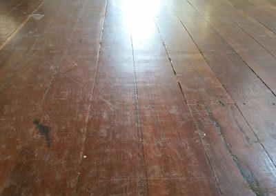 HARDWOOD-FLOOR-POLISHING-BEFORE-1